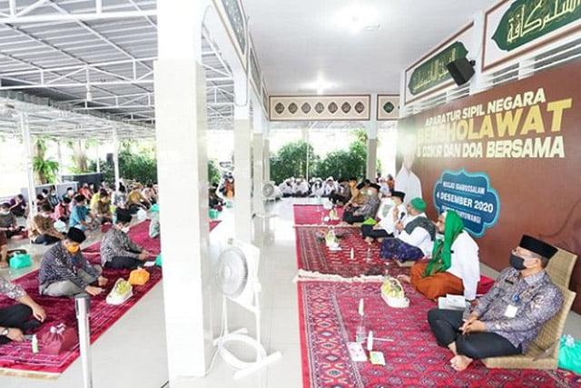 Bupati Banyuwangi dan ASN Sholawatan Bersama Habib Abdurrahman Al Jufri