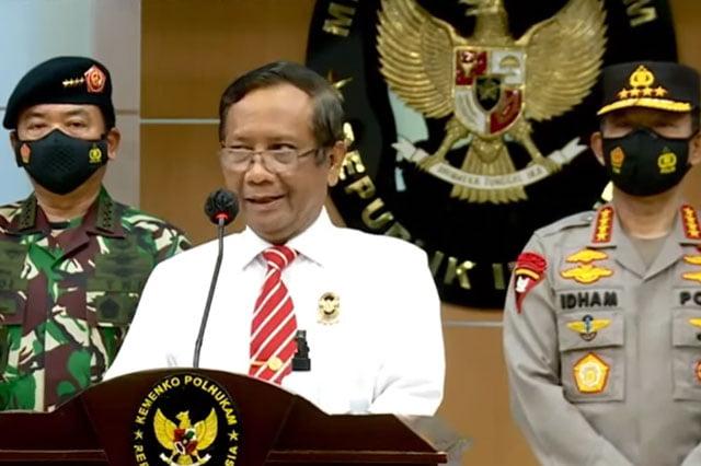 "Mahfud MD Umumkan Negara Secara Resmi ""Haramkan"" FPI"