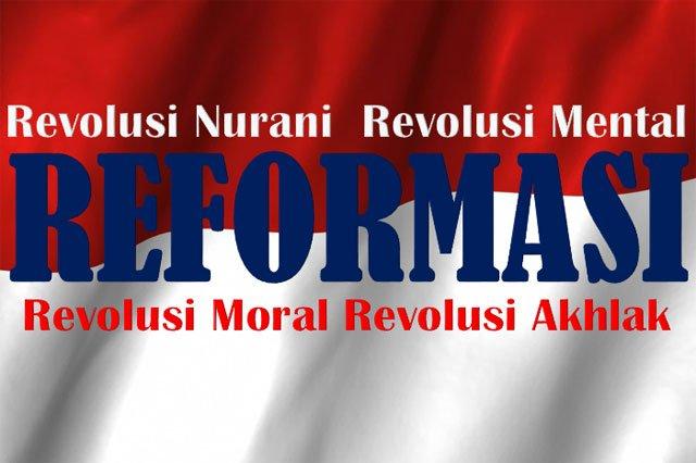 Revolusi di Era Reformasi (Catatan akhir tahun John Mempi)