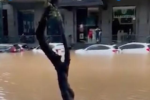 PB HMI Sebut Anies Baswedan Gagal Tangani Banjir Jakarta