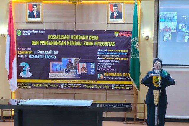 Ketua PN Sragen Sosialisasikan Layanan Kembang Desa
