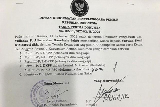 Surat tanda terima pelaporan ke DKPP oleh Kantor Hukum Yustian Dewi & Partners selaku kuasa hukum pasangan calon Bupati-Wakil Bupati Kabupaten Asmat, Kamis (11/2/2021)