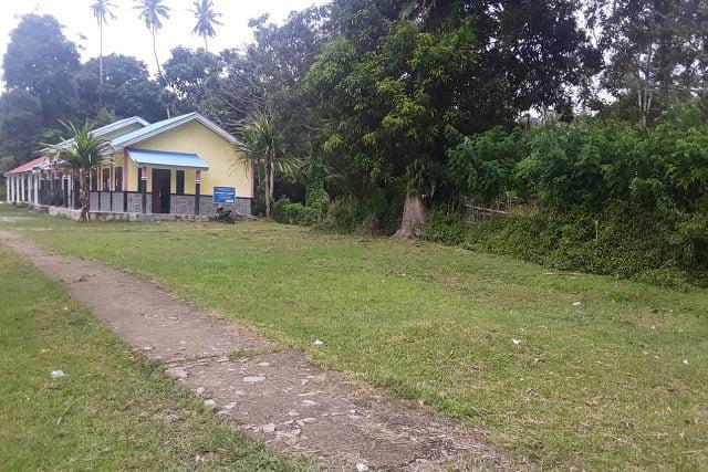 SMP Negeri 5 KatapangDesa Lokki Perlu Dilengkapi Pagar Sekolah