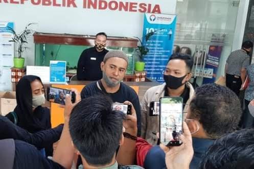 Relawan Jokowi Kritik BEM UI : Berani Kritik Presiden Tapi Diam Dengan Rektornya